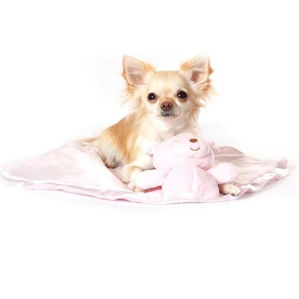 couverture rose pour chien plaid pour chien oh pacha. Black Bedroom Furniture Sets. Home Design Ideas